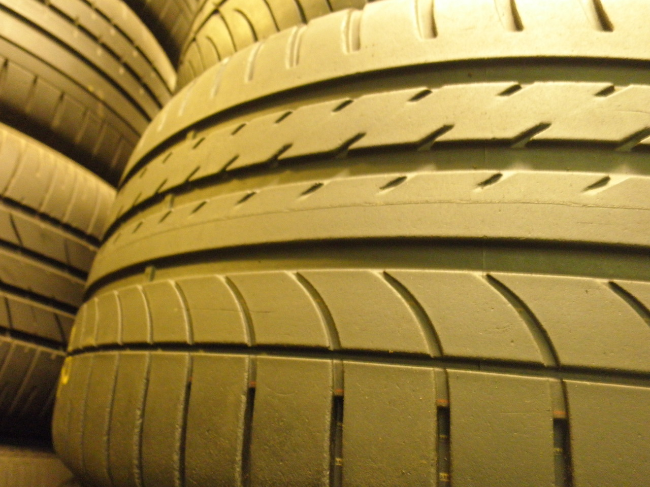 Goodyear Eagle F1 ASSYMETRIC